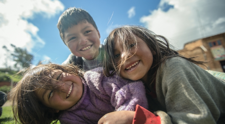 Carlos Mesa convoca a un acuerdo nacional para eliminar la violencia contra niños, niñas y adolescentes
