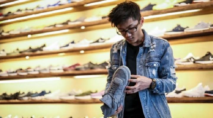 """Guerra comercial de Estados Unidos y China: Adidas, Nike, Dr Martens y otras 170 empresas de calzado urgen a Trump a reconsiderar su """"catastrófica"""" política"""