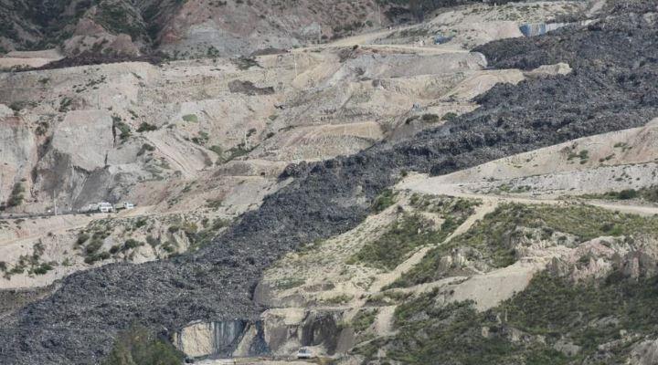 """Revilla tiene la """"seria sospecha"""" que detrás del deslizamiento de Alpacoma hubo """"un sabotaje a la ciudad"""""""