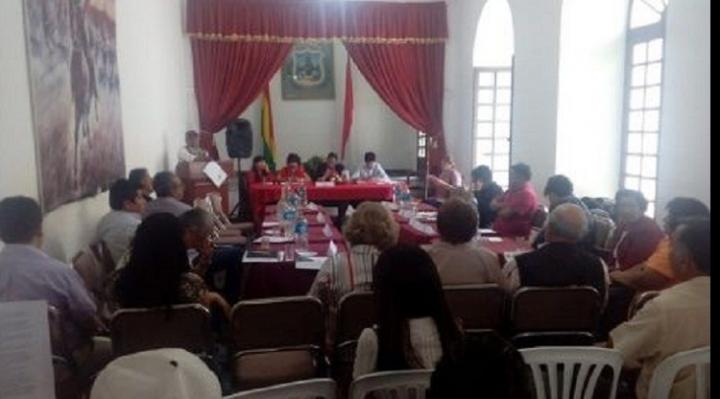Seis comités cívicos del país ratifican paro indefinido desde el 10 de octubre contra repostulación de Evo