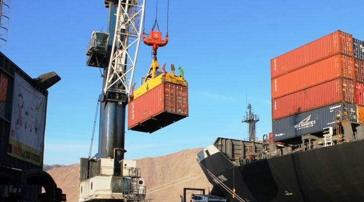 Empresarios piden pasar del lamento a la diversificación de puertos para el comercio exterior