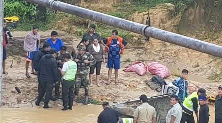 Tres miembros de una familia mueren en hundimiento de carretera Cochabamba-Santa Cruz
