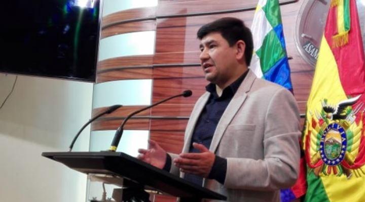 Barón: La Policía tiene libertad de expresión, la Iglesia que se dedique a la fe