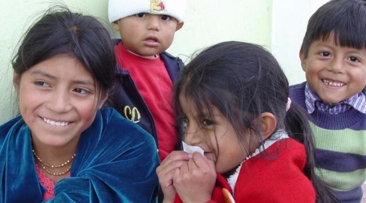 Tras una década ayudando a niños de El Alto, un proyecto lucha por sobrevivir