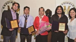 Página Siete gana cuatro premios de periodismo 2018: foto, prensa, caricatura y medalla