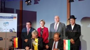 Bolivia y Alemania constituyen empresa mixta para producir baterías de litio
