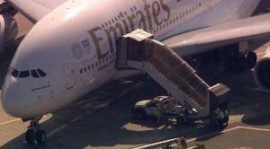 Un avión procedente de Dubai aterrizó en Nueva York con pasajeros enfermos