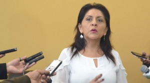 """Ministra López dice que """"no se ha violado"""" ninguna norma con publicación de encuesta a favor de Evo"""