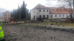 Reportan al menos 5 muertos y 10 heridos por coche bomba en escuela de policías en Colombia 1