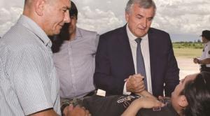 """Gobernador de Jujuy critica a Evo por el costoso e """"inhumano"""" sistema de salud y a su respotulación"""