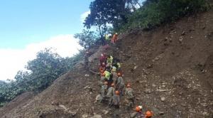 Se registra segundo deslizamiento en carretera Yolosita-Caranavi y ya suman 16 los fallecidos