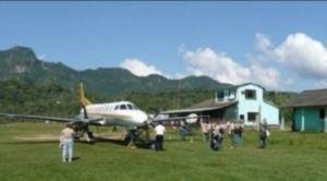 Parte vuelo solidario a Rurrenabaque, con precio de pasaje por tierra, para atender a norte aislado