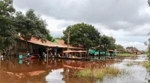 Declaran zonas de desastre a 17 municipios y alerta roja y naranja a siete departamentos