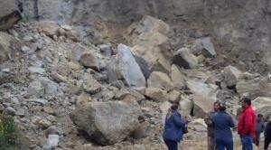 Derrumbe en Mallasa aísla a barrios del sur de La Paz