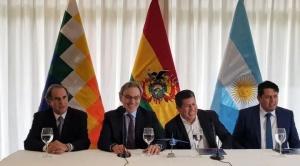 """Argentina comprará menos gas y pagará con un avión a Bolivia si le """"sobrecumple"""" con más gas 1"""
