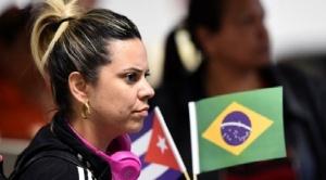 """""""Nos veían como dioses, hoy nos ven como nada"""": la difícil situación de miles de médicos cubanos en Brasil tras la llegada al poder de Bolsonaro"""