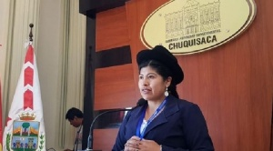 """Una directora de la Gobernación de Chuquisaca respalda a Ceballos y dice que la """"víctima se ha retractado"""""""