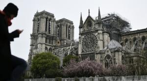 Notre Dame sobrevivió y Francia ya piensa en cómo reconstruirla