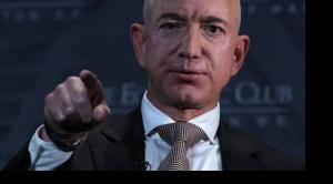 """La """"hipocresía"""" de Jeff Bezos: ¿es la filantropía de los multimillonarios una farsa?"""