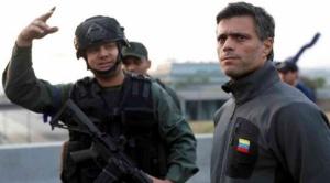 """Leopoldo López y su familia fueron aceptados como """"huéspedes"""" en la embajada de Chile en Venezuela 1"""