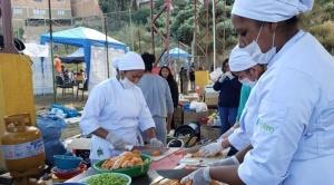 Deslizamiento en San Jorge kantutani: Voluntarios chef cocinan con apoyo de nutricionistas