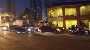 Hay filas en algunas gasolineras de la zona Sur de La Paz
