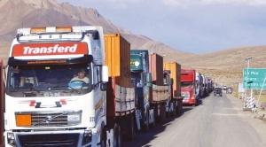 Transporte pesado se declara en emergencia por escasez de diésel