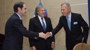 """El Mercurio: Almagro """"se enredó"""" en Chile y aumentan las voces para que no sea reelegido al mando de la OEA"""