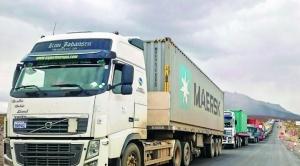 Aduana denuncia que Chile deja pasar camiones con contrabando a territorio boliviano
