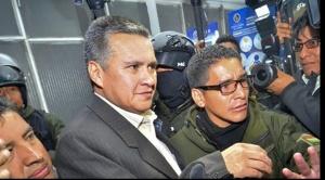 Juez se ofende por afirmaciones del abogado Eduardo León y ordena su arresto