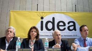 """21 exmandatarios de Iberoamérica ven repostulación de Evo como un """"fraude manifiesto"""""""