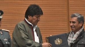 Morales promulga ley que aumenta la Renta Dignidad en Bs 50