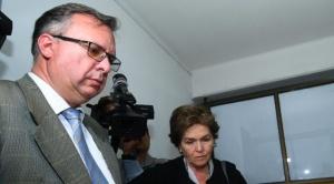 Valdivia ratifica denuncias y fiscal ve indicios de legitimación de ganancias ilícitas en exgerenta de PAT