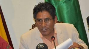 "Asamblea Legislativa Departamental de La Paz denuncia a gobernador Patzi por incumplimiento de deberes en caso ""medicamentos falsificados"""