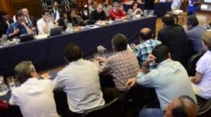 En Cochabamba: se instala diálogo entre sector médico y Gobierno