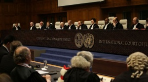 Bolivia vive con el aliento contenido la lectura del fallo de La Haya