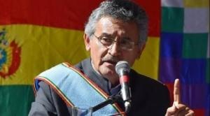 Gobernador Canelas anuncia presencia de militares y policías para controlar focos de calor en el parque Tunari