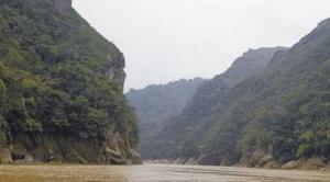Albarracín advierte un juicio de responsabilidades contra Evo Morales si se consolida construcción de represa Chepete - Bala