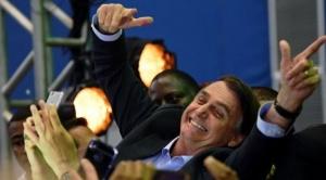 """Elecciones en Brasil: quién es Bolsonaro, el """"racista"""", """"homófobo"""" y defensor de la pena de muerte que ganó la primera vuelta de las presidenciales"""