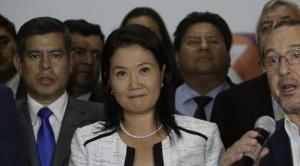 En Perú, detienen a Keiko Fujimori que denuncia persecución