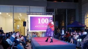 Muestran la historia de la moda a través de la vestimenta de siete personajes bolivianos