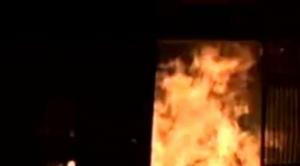 Tras desbloqueo en Roboré, la población se moviliza y quema unidad policial