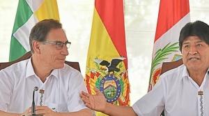 Bolivianos en Perú podrán conducir vehículos, según acuerdo entre mandatarios