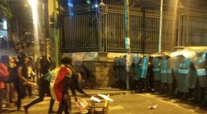 """Evo minimiza paro cívico y condena ataque a policías; para Mesa fue una """"lección democrática"""""""