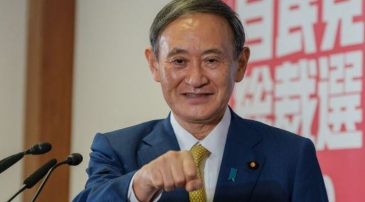 Yoshihide Suga, el hijo de agricultores que se convirtió en el nuevo primer ministro de Japón