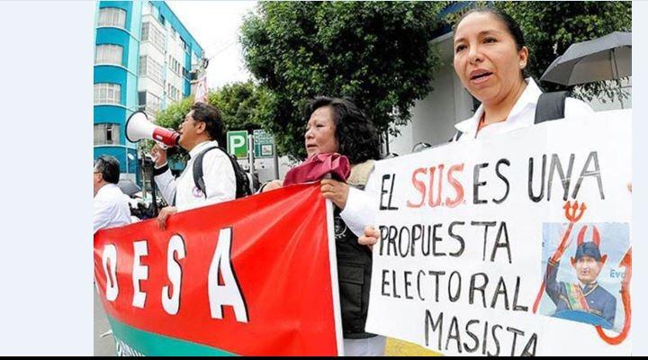 """Médicos denuncian """"revanchismo y odio"""" del MAS que impulsa libre ejercicio de la profesión"""