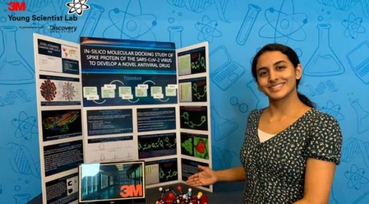 Anika Chebrolu, la estudiante de 14 años premiada por el descubrimiento de una molécula que puede ayudar a combatir el coronavirus