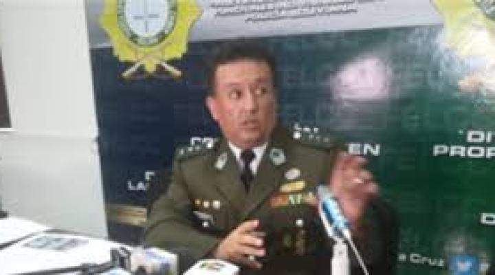 Tres funcionarios de Migración fueron aprehendidos por la salida de Murillo y López