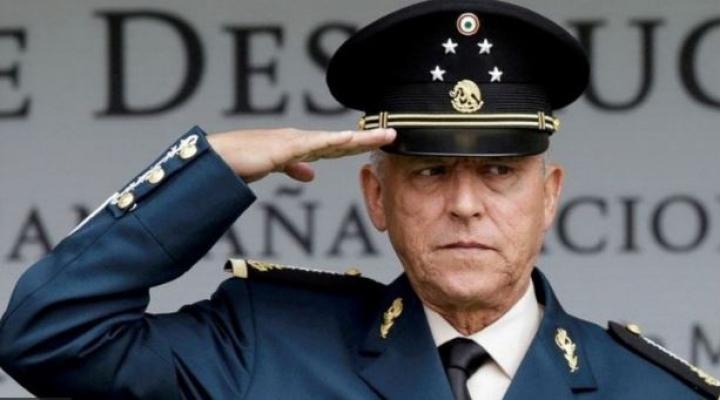 Salvador Cienfuegos: las claves de la inesperada liberación y regreso a México del general al que EEUU acusaba de narcotráfico