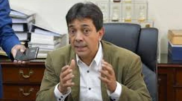 La Policía busca al exministro Zamora para aprehenderlo